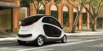 Tesla isn't disruptive, future is in tiny electric 'golf carts,' Harvard scholar says