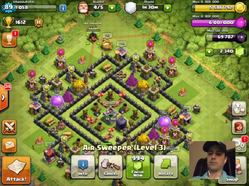 A Clash of Clans gamer users Mobcrush for livestreaming.