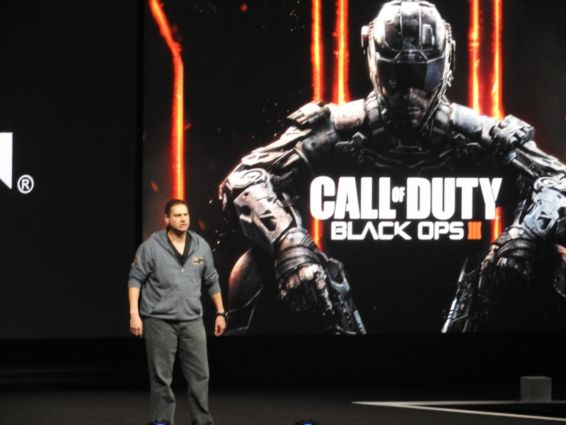 Mark Lamia of Treyarch showed off Call of Duty: Black Ops III at E3 2015.