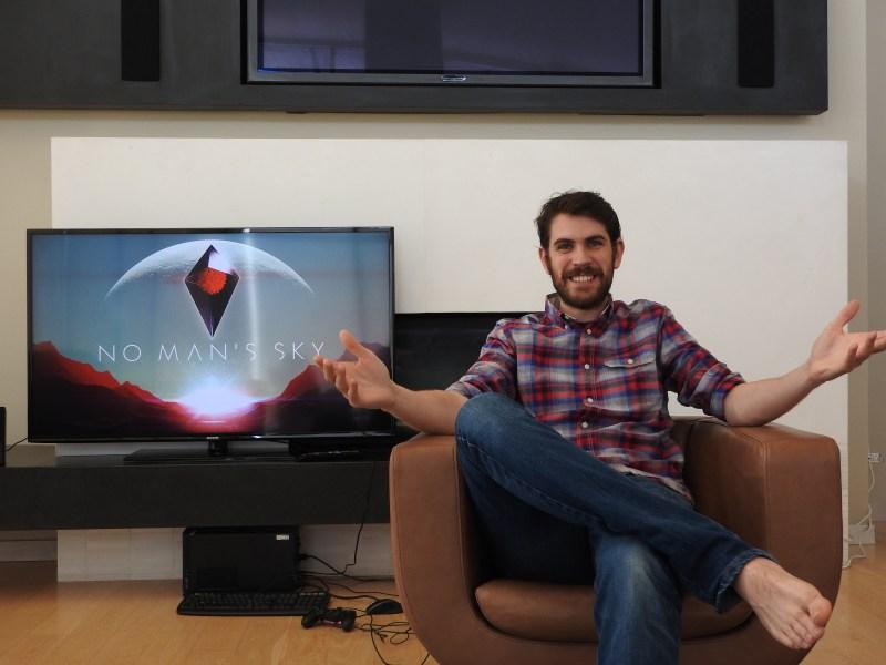 Hello Games founder Sean Murray showing No Man's Sky at E3 2015.