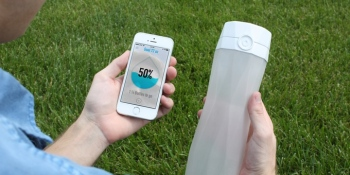 The Backed Pack: HidrateMe's smart water bottle lights up when it's time to drink