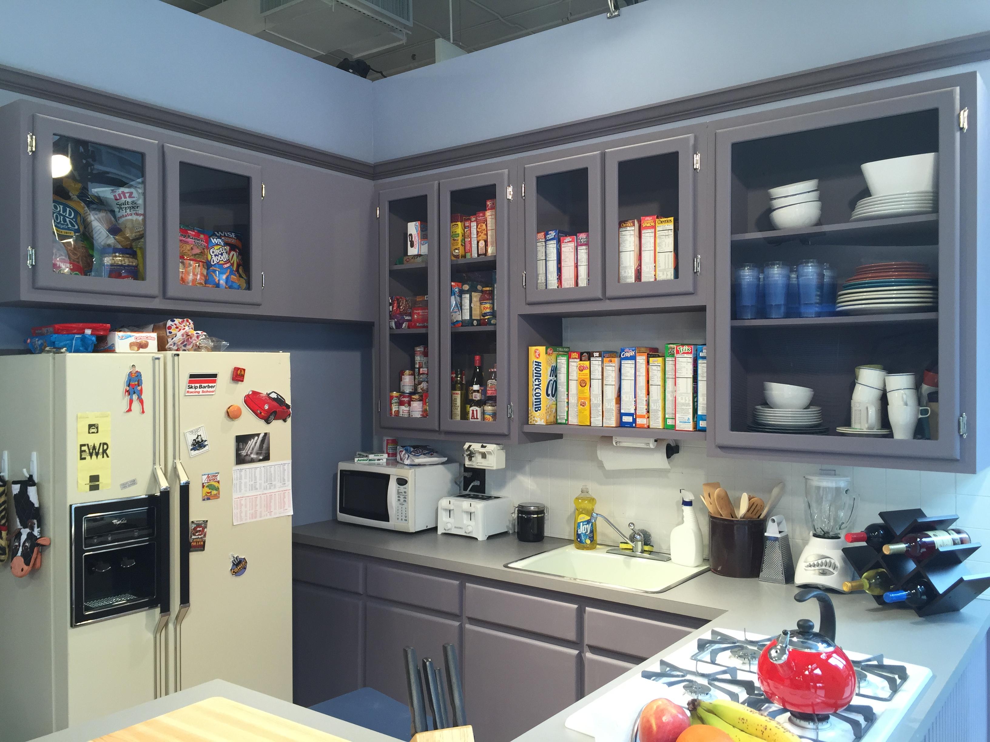 Hulu Opens Seinfeld Apartment Replica In Nyc Venturebeat