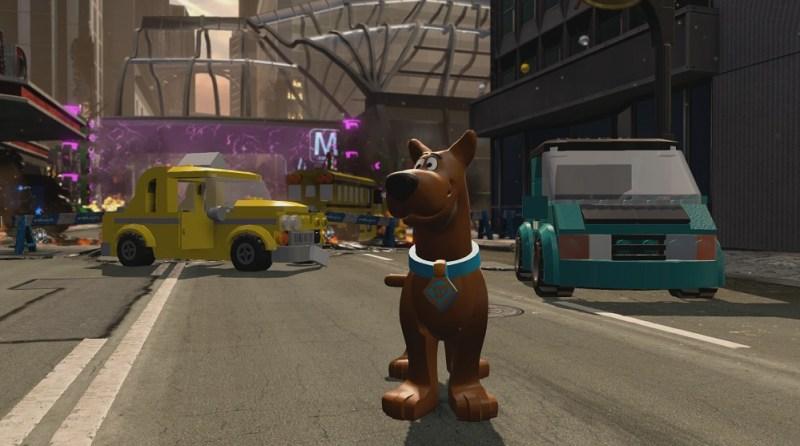 Scooby-Doo! in Metropolis in Lego Dimensions.