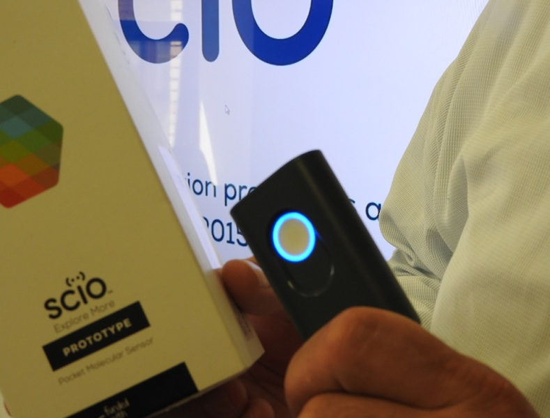 Scio is a handheld spectrometer that can instantly decipher physical objects.