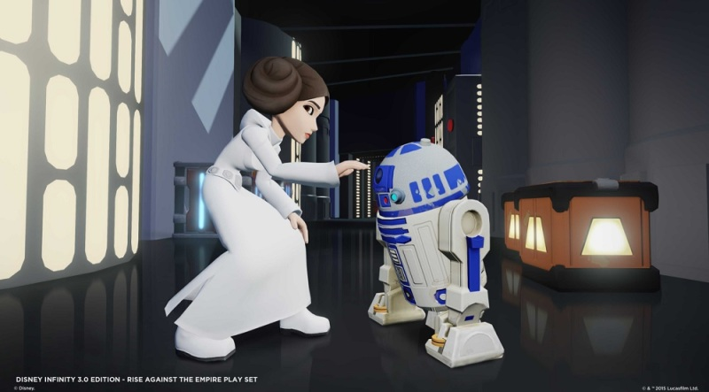 Princess Leia and R2D2 in Star Wars: Rise Against the Empire.