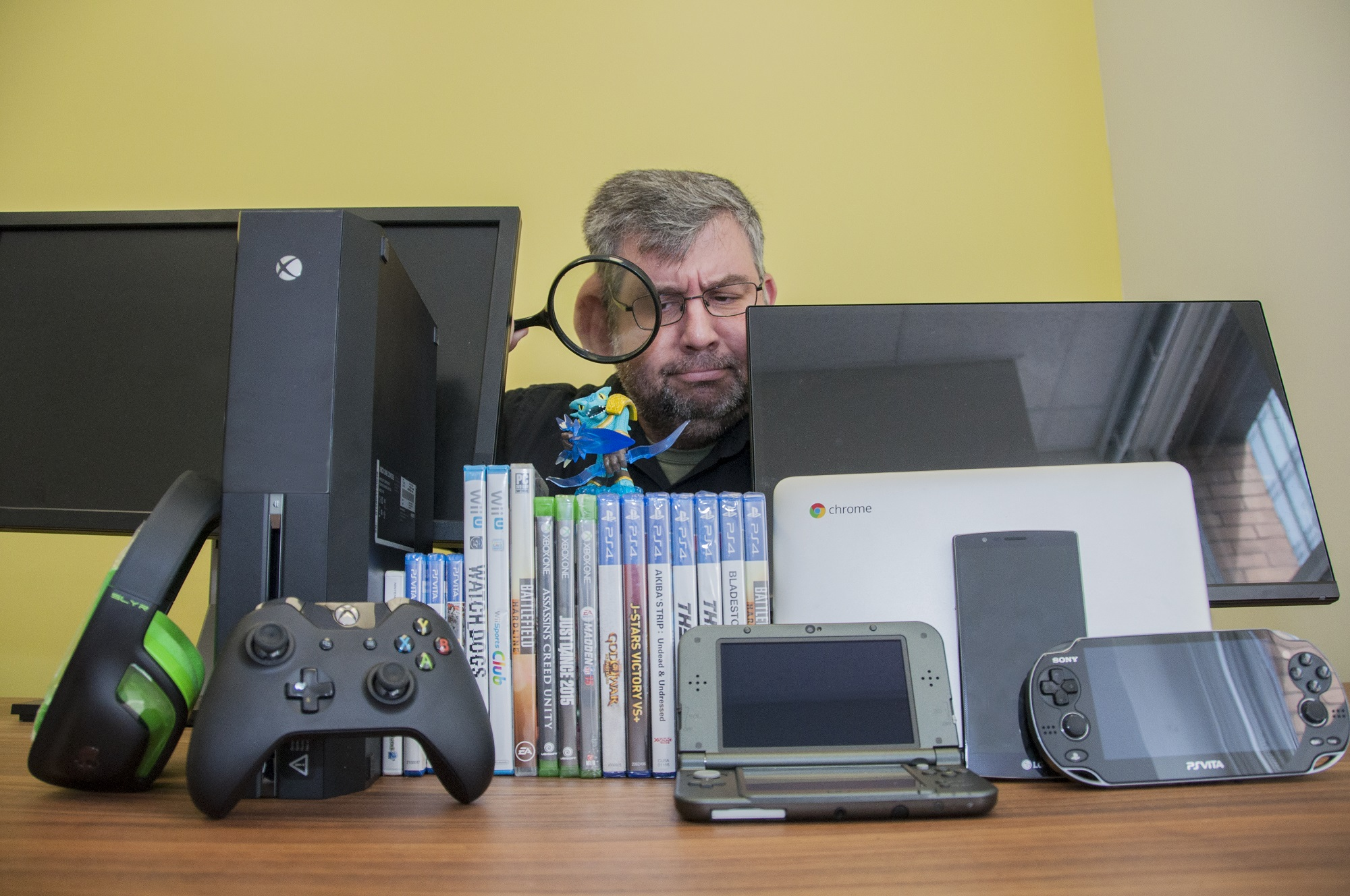 video game and gadget essay (such as a character in a video game), from your offline (real) self you have often used your gadget secretly late into the night to shop or visit websites with.