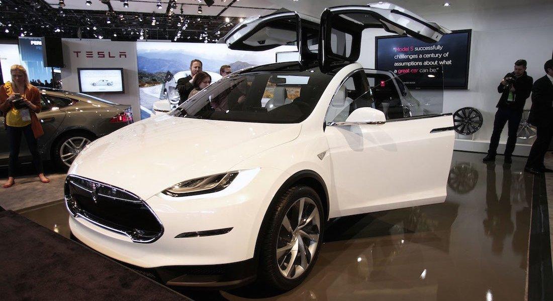 Tesla Model X, Detroit, 2014