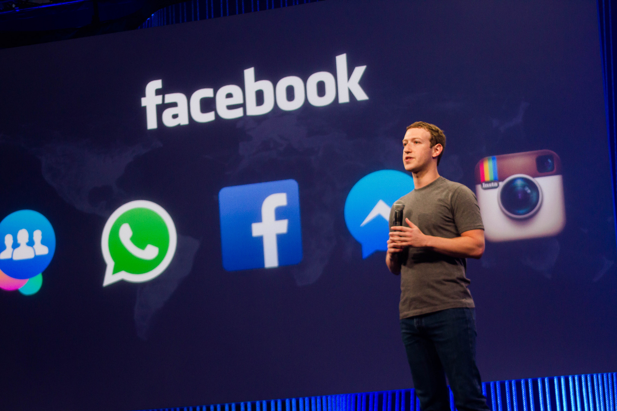 Mark Zuckerberg makes cursory mention of Facebook murder video at F8
