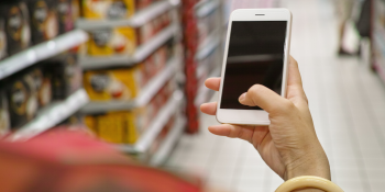 Attention, shoppers: Shopping with a store app means you'll visit more and stay longer