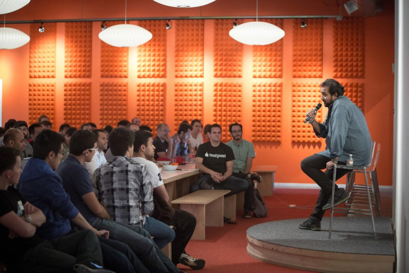 Y Combinator Tuesday night dinner speaker series with Hosain Rahman of Jawbone