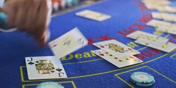 Blackjack taught Twitter's Sid Patil about data science. Here's what it can teach you