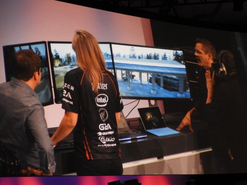 This Skylake gamer PC can drive three 4K monitors playing World of Tanks.