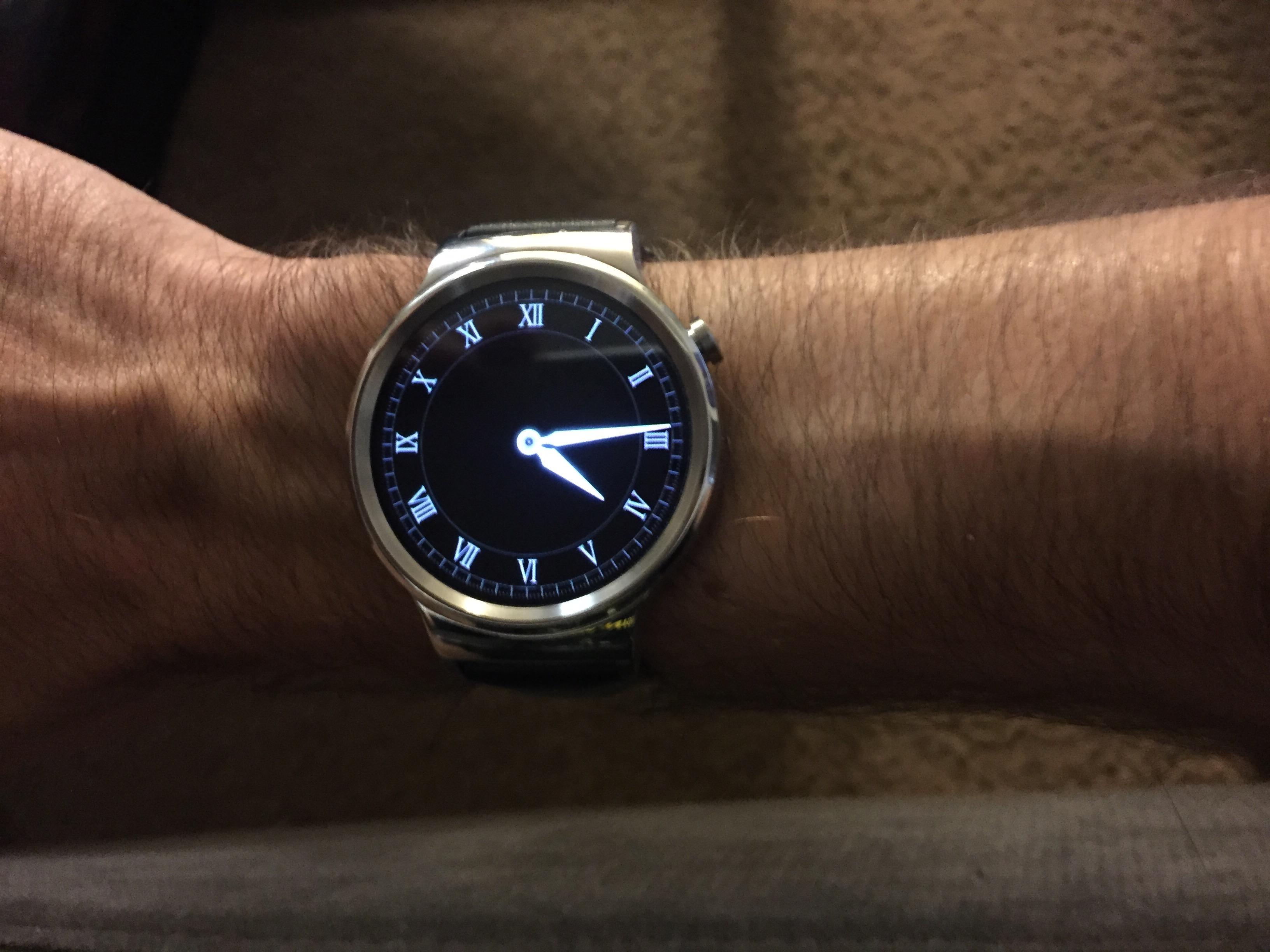 Huawei Watch, meet Willie arm.
