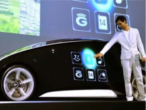 Toyota envisions smartphone technology for cars. (Or is it the other way around?)