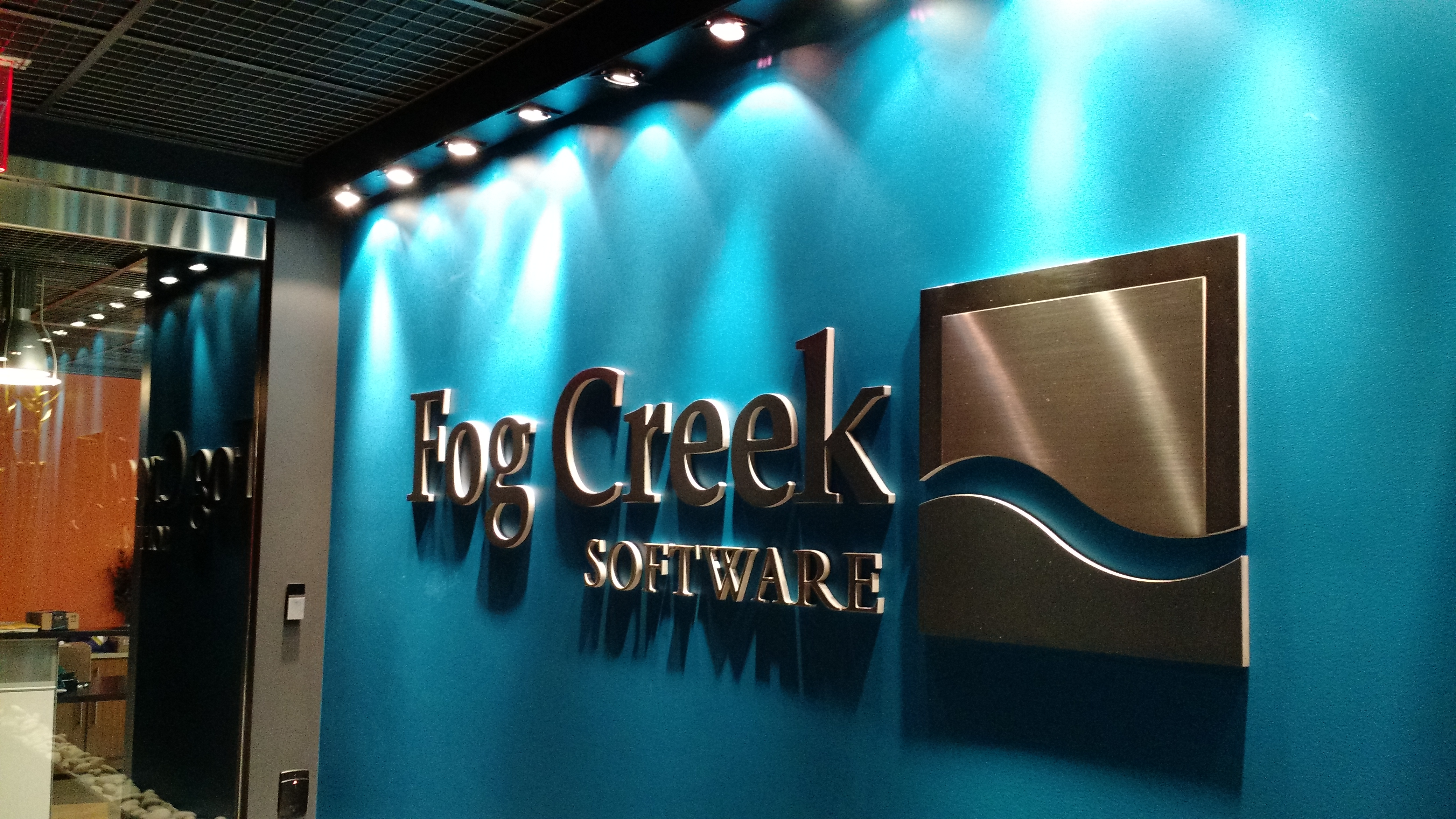 Fogbugz Free fog creek launches chatterbug, a free issue-tracker bot that