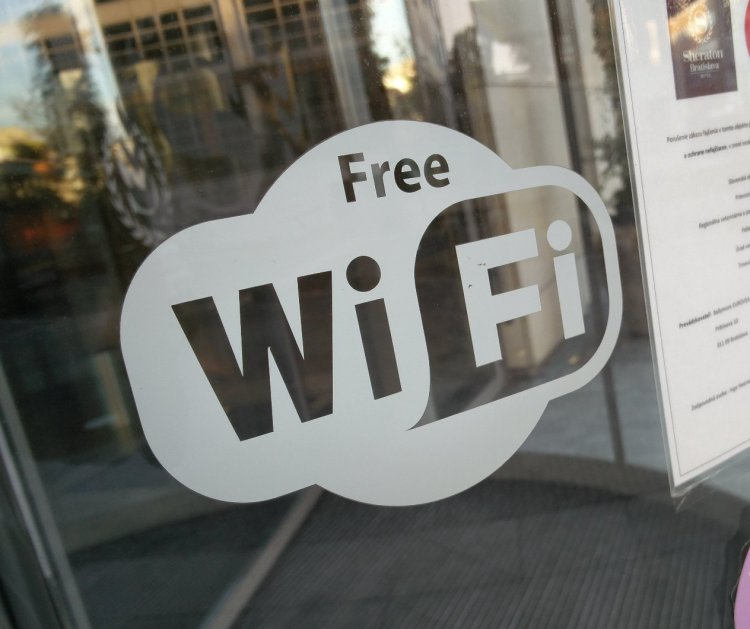 A sign for free Wi-Fi.