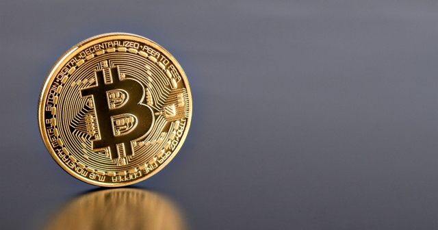 photo image Bitcoin smashes through $5,000 barrier for first time