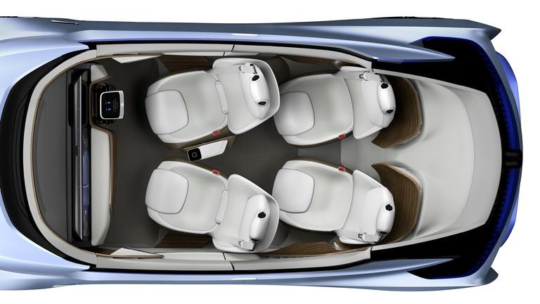 Nissan Driverless Car 7