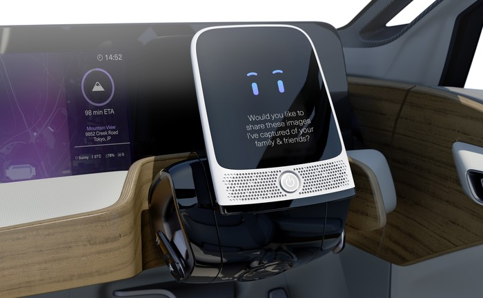 nissan-driverless-car-8
