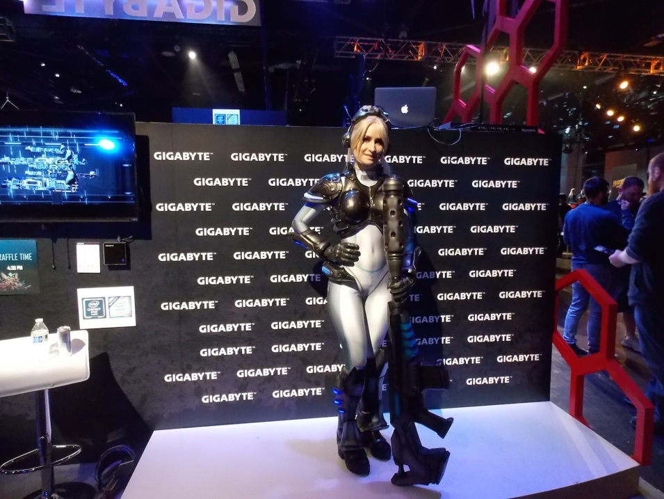 StarCraft II's main story is coming to an end, but that didn't stop cosplayers from dressing up as their favorite characters.