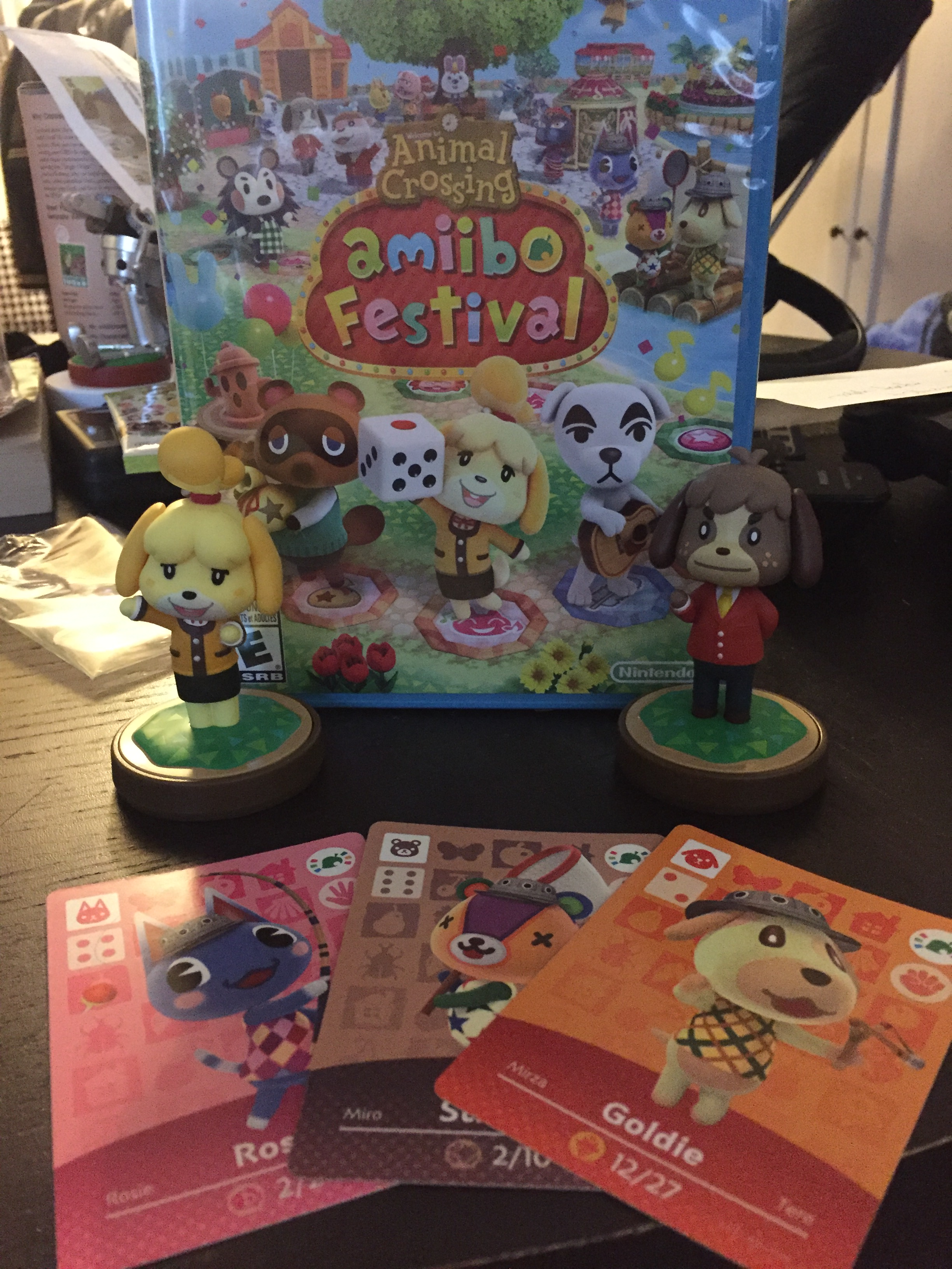 Everything included in the Amiibo Festival bundle.