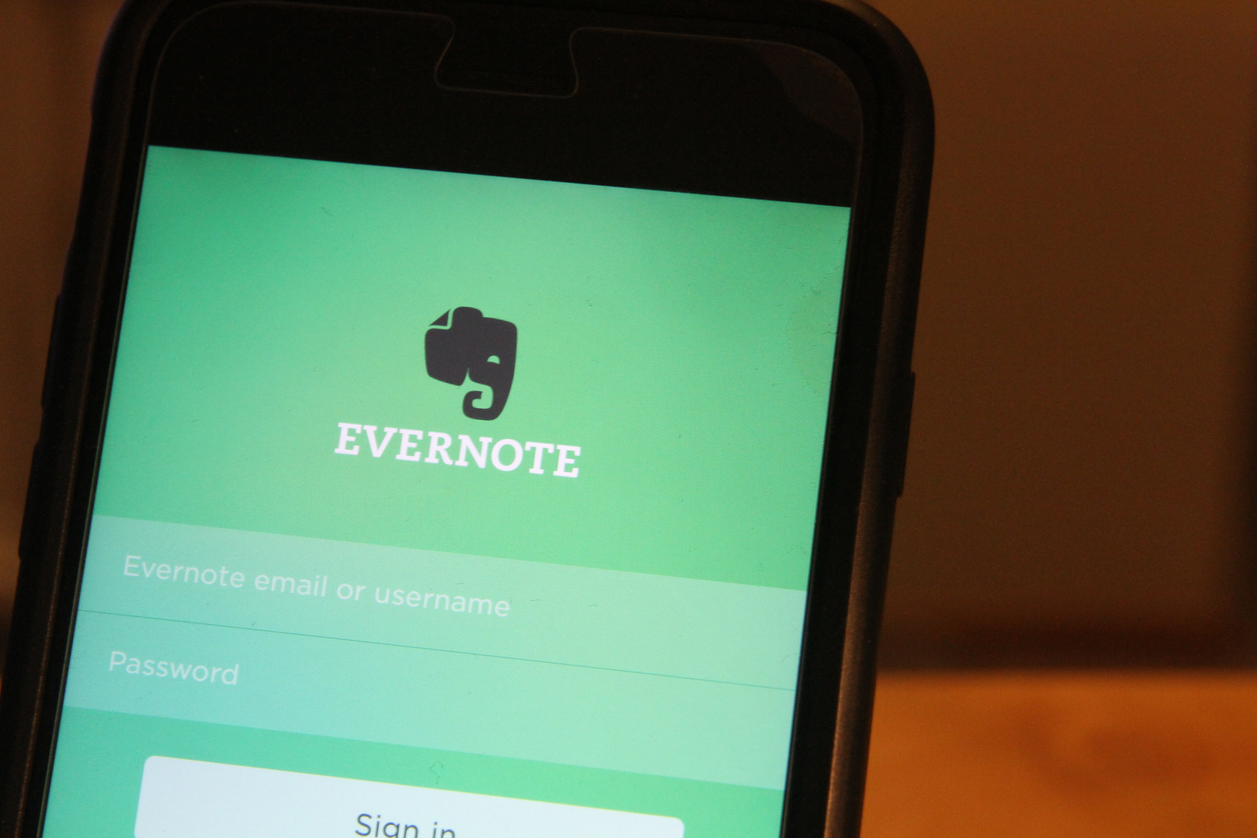 Evernote is no longer free if you want to sync more than 2