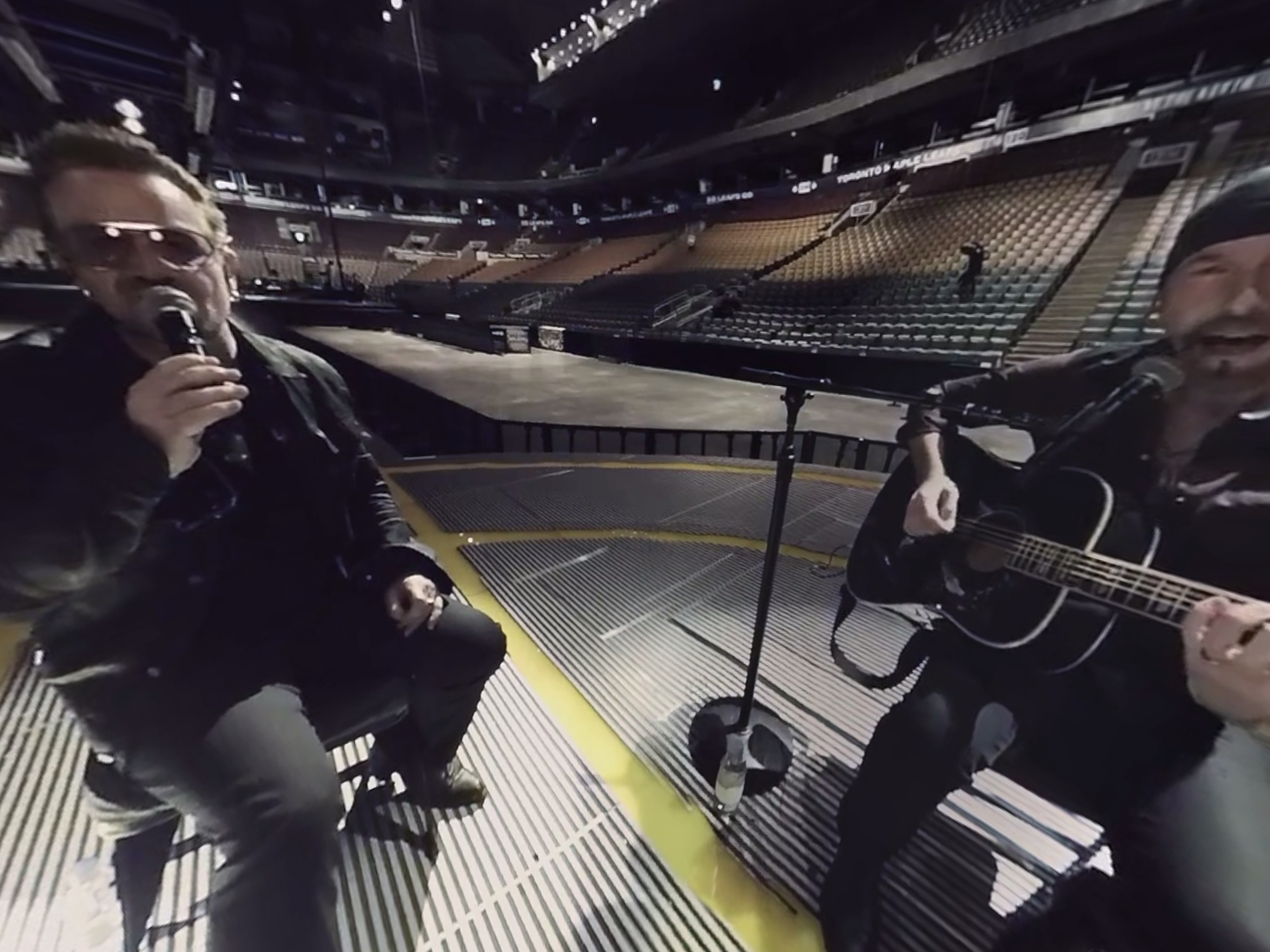 A 360-degree video of a U2 performance in the Vrse app on the iPad Pro.