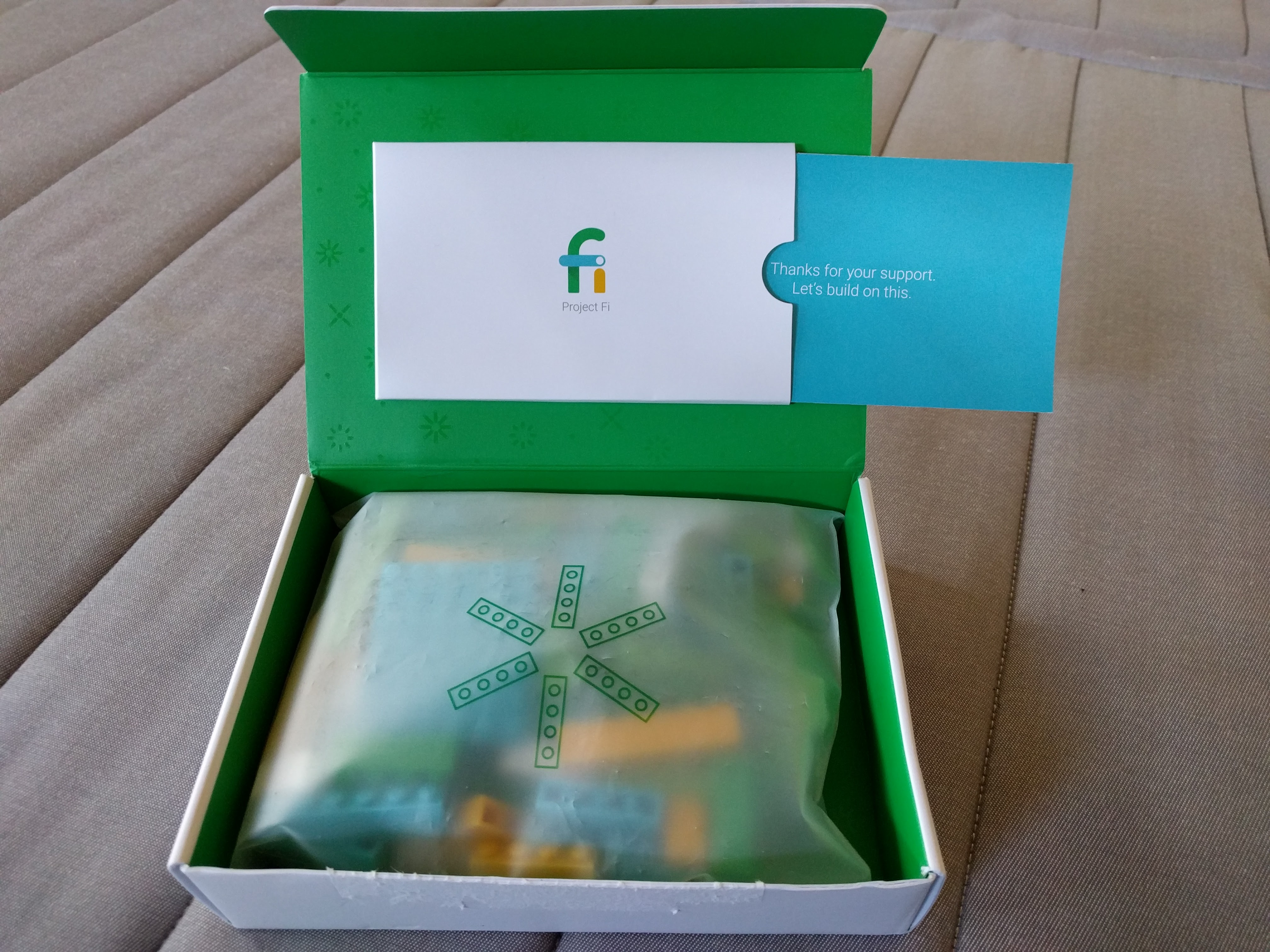 Aww, thanks for the Project Fi Lego set, Google.