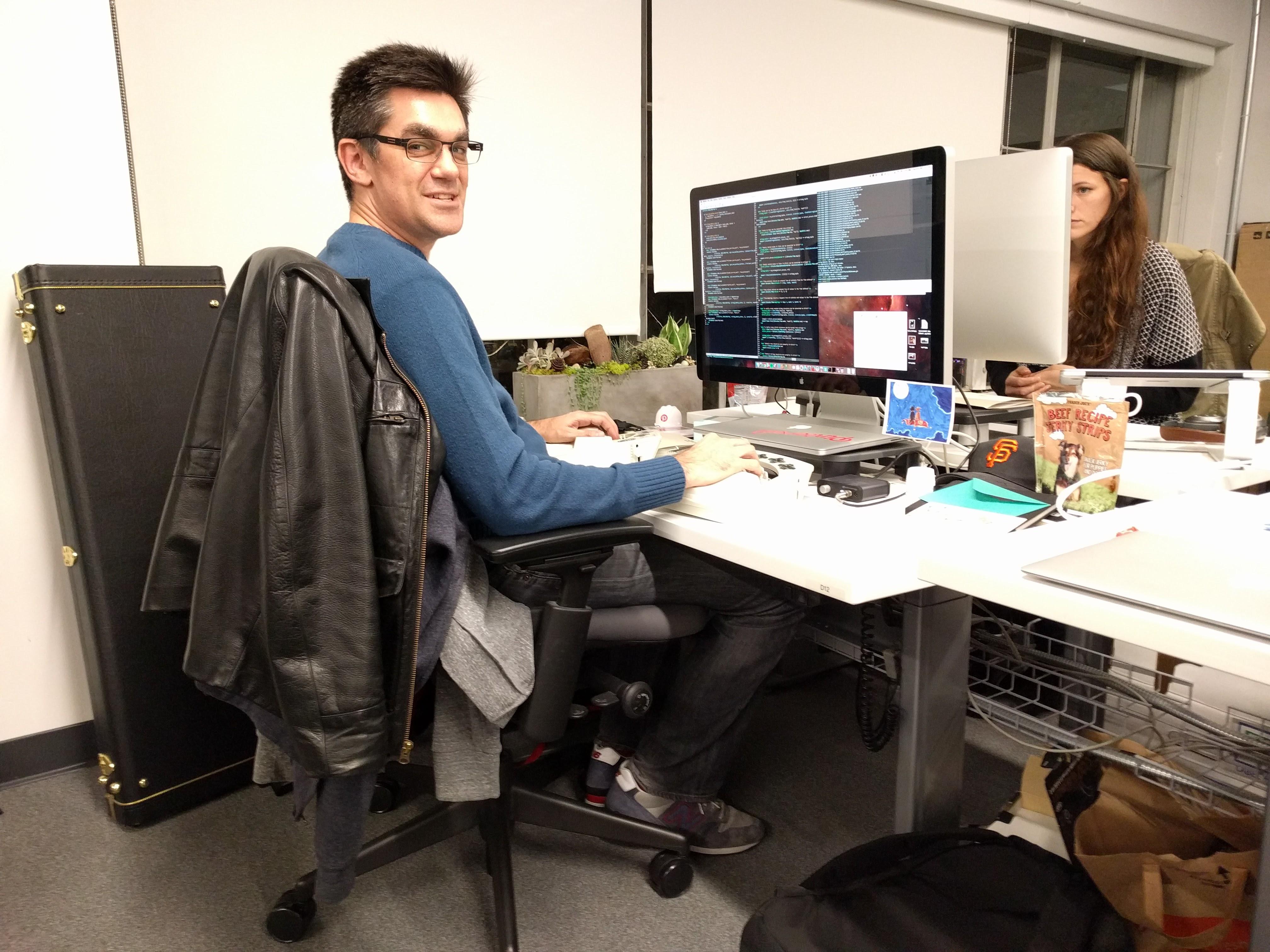 Pinterest product platform software engineer Steve Cohen. Yes, that's Elixir in his Emacs window.