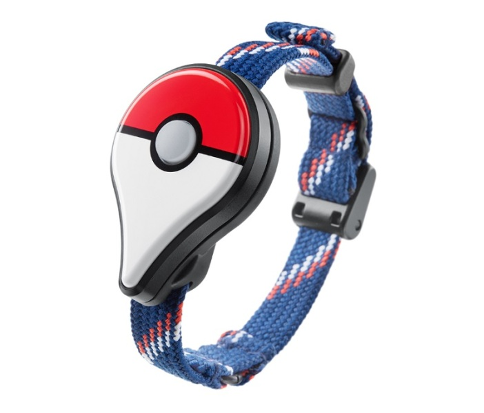 The Pokémon Go Plus device senses nearby creatures.