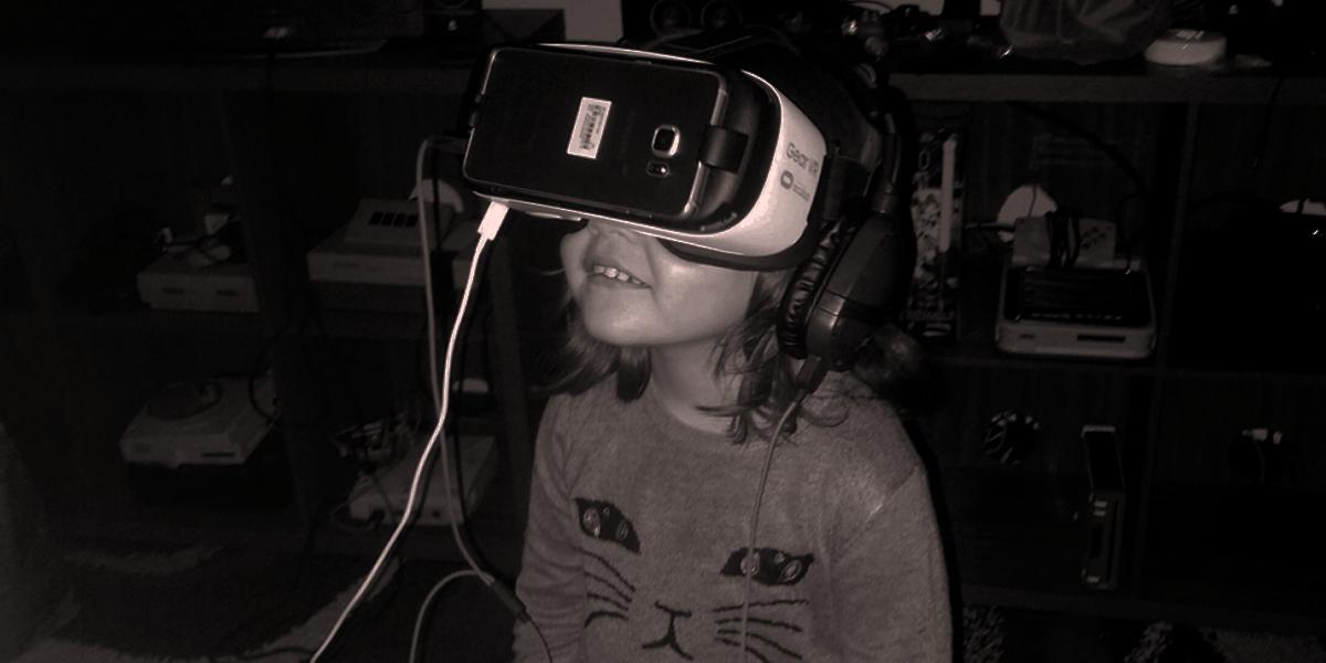 Sakura Samsung Gear VR
