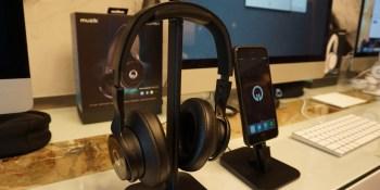 Hands-on: Muzik's Twitter-backed headphones beat Apple's Beats