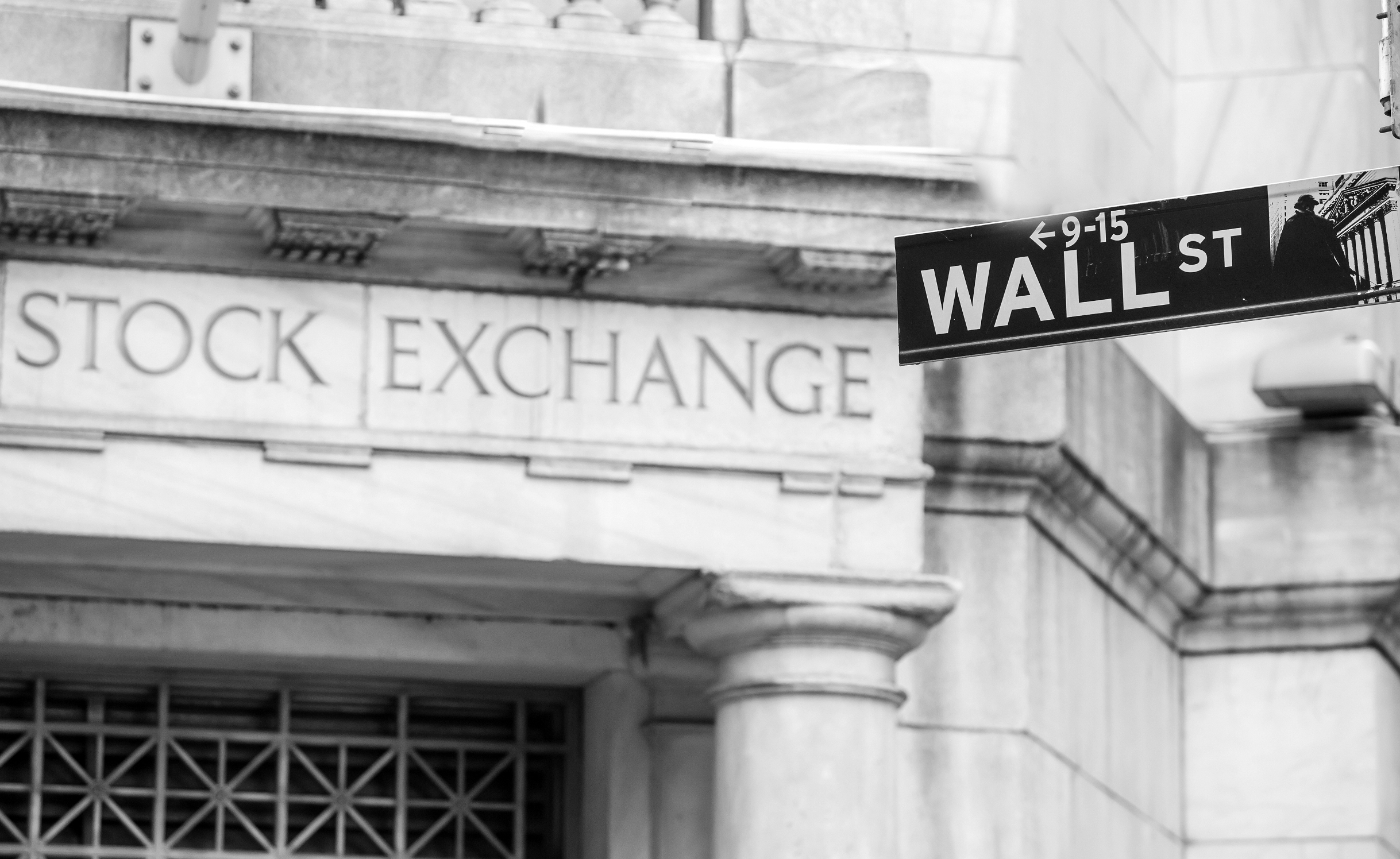 c5994f8c996 Facebook and Twitter experienced double-digit stock declines this week  after reporting earnings that Wall Street didn t like.