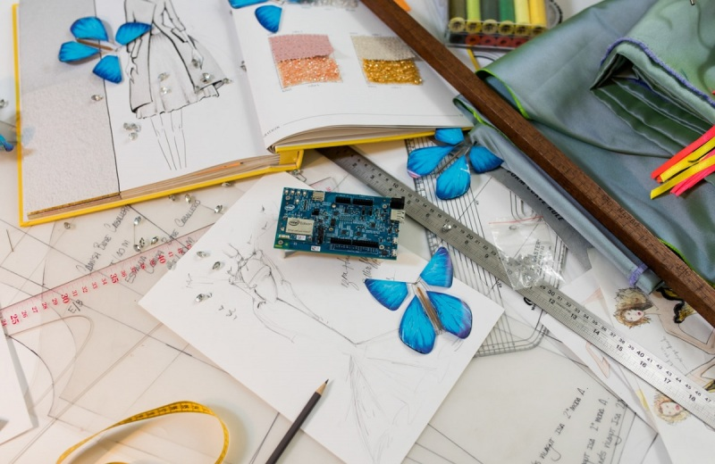 The intelligent butterfly dress uses the Intel Edison module as its brains.