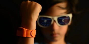Moff Band motion-sensing wearable lets you play Pac-Man with your body