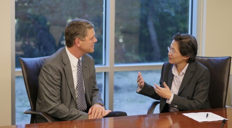 Former AMD CEO Rory Read with new CEO Lisa Su.