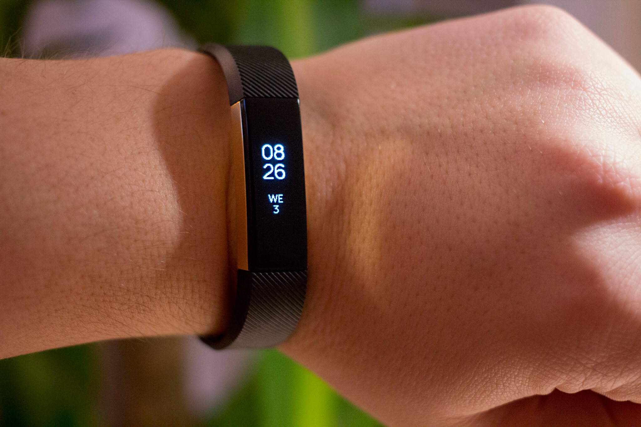 Fitbit's first foray into fashion: $130 Alta wearable ...
