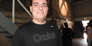 The timeline of the tweet storm around Oculus founder Palmer Luckey