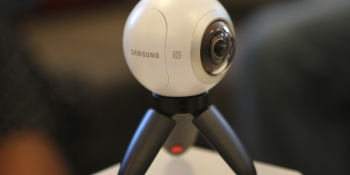 Samsung brings its Gear 360 VR camera to Lollapalooza
