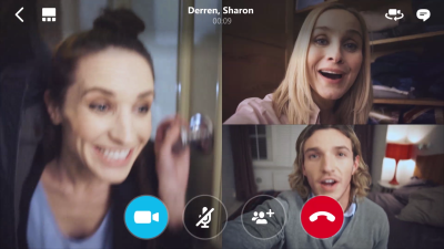 Skype starts to roll out group video calling on iOS and