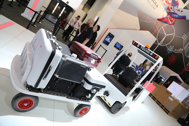 Connected luggage -- Mobile World Congress 2016