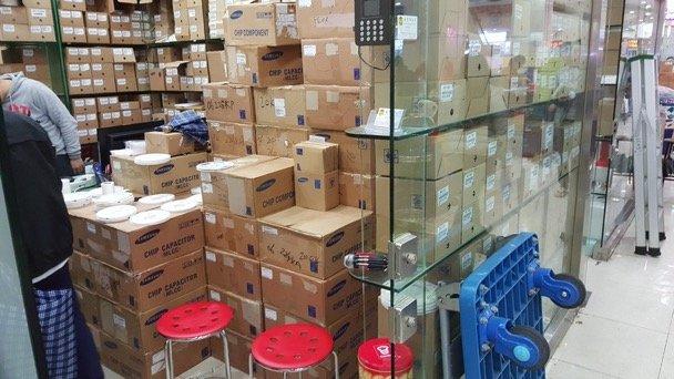 Electronics market in Shenzhen.