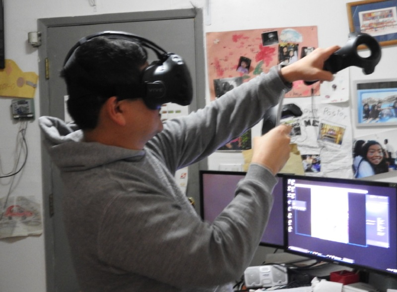 Experiencing the HTC Vive Pre.