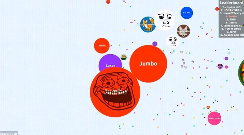 Jumbo plays Agar.io.