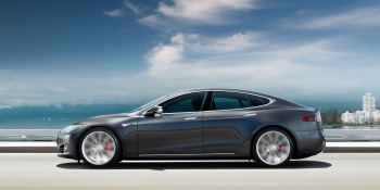 How to reserve your $35,000 Tesla Model 3 when it launches on Thursday