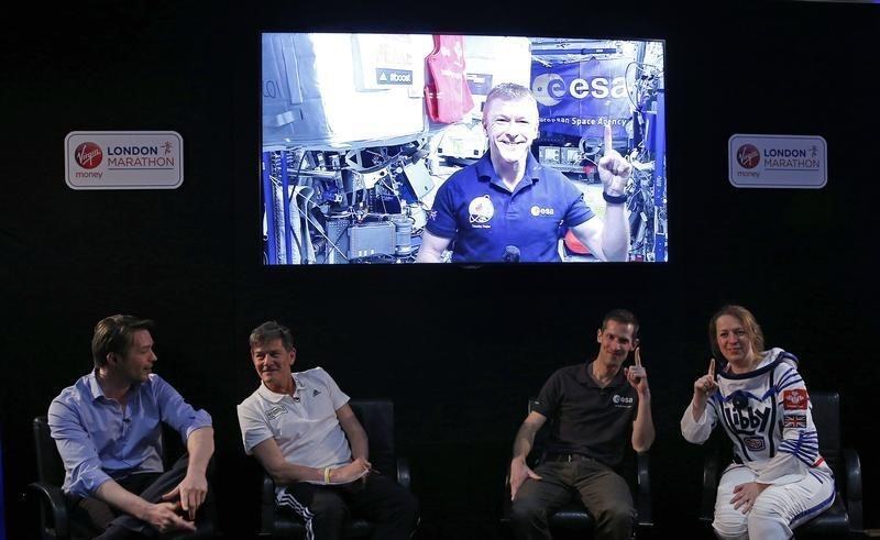 Athletics - 2016 Virgin Money London Marathon Preview - London - 20/4/16 British European Space Agency (ESA) astronaut Tim Peake appears live from the International Space Station for a questions and answers session with assembled media ahead of the 2016 Virgin Money London Marathon Action Images via Reuters / Peter Cziborra Livepic