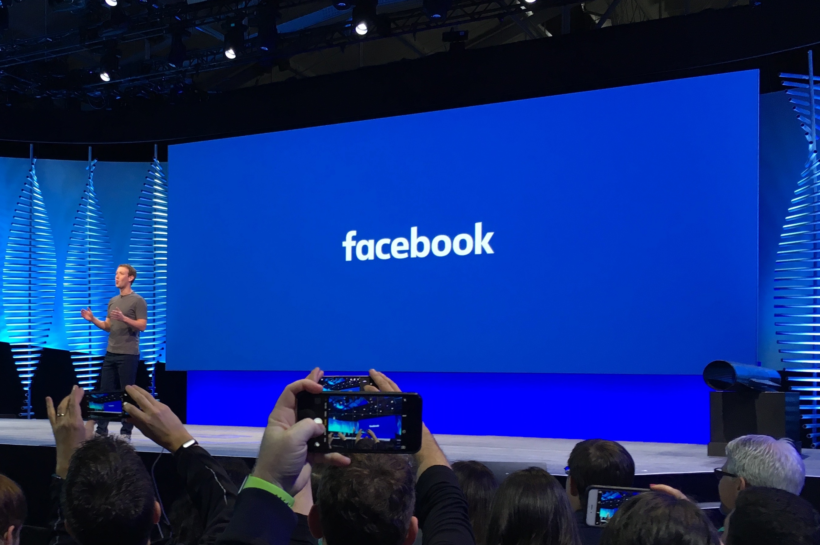 Facebook rolls out new tools for mobile advertisers