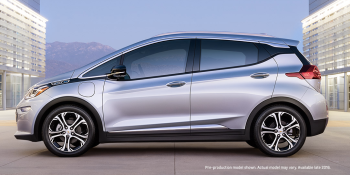 Tesla Model 3 preorder frenzy should have Chevy Bolt green with envy