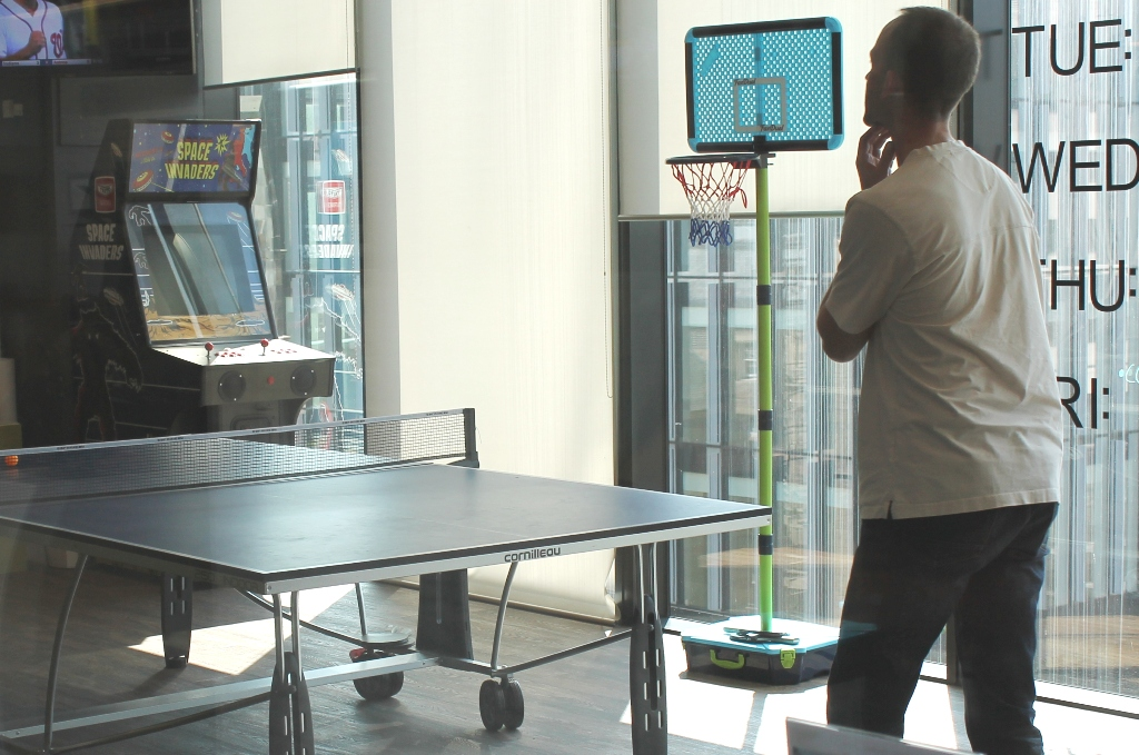 Table Tennis & Space Invaders