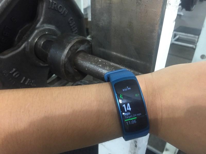 Gear Fit2 -15
